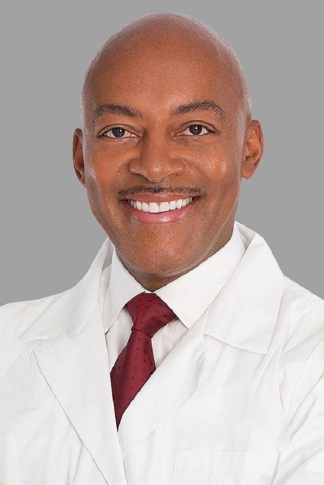 Dr Michael Jones-Liposuction-LA Doctors